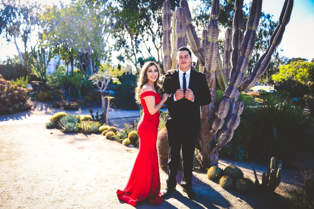 beautiful engagement photos in Balboa Park, elegant